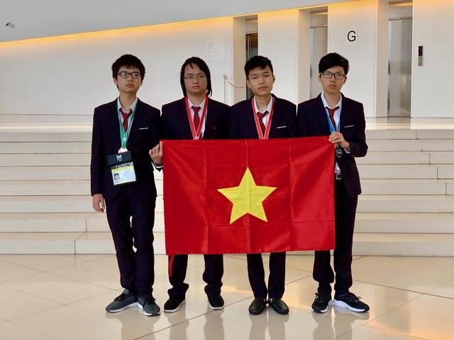 Những tấm huy chương, gương mặt vàng Việt Nam tại các kỳ thi Olympic quốc tế 2019 - 2