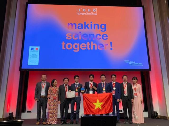 Những tấm huy chương, gương mặt vàng Việt Nam tại các kỳ thi Olympic quốc tế 2019 - 3