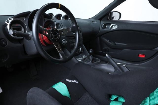 Điều gì khiến một chiếc xe bình thường trở thành xe Nissan 370Z đắt nhất mọi thời đại? - 2
