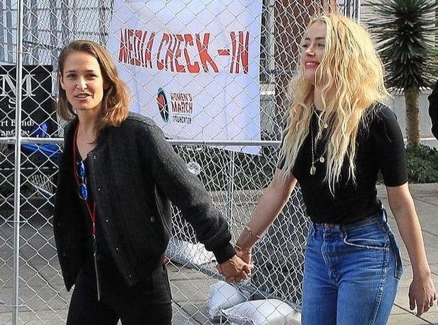 Vợ cũ Johnny Depp có bạn gái mới - 2