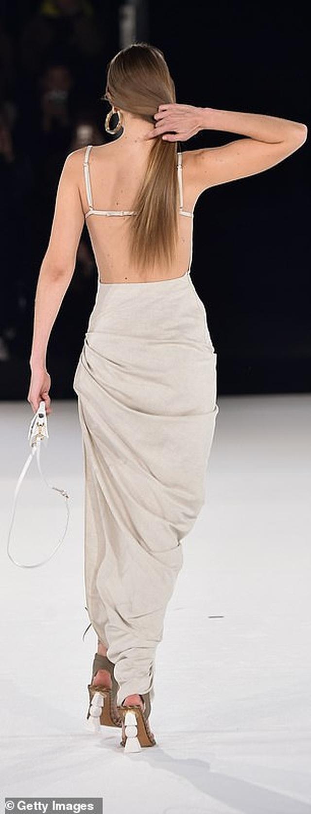 Chị em Hadid nổi bật tại tuần lễ thời trang Paris - 2