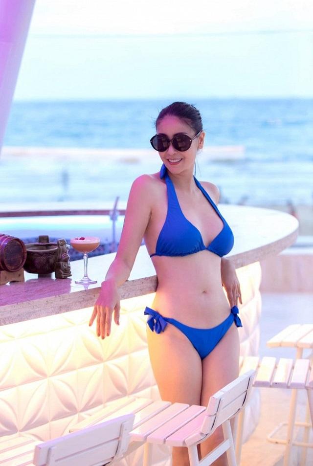 Hà Kiều Anh diện bikini, khoe vóc dáng nóng bỏng bên Dương Mỹ Linh - 3