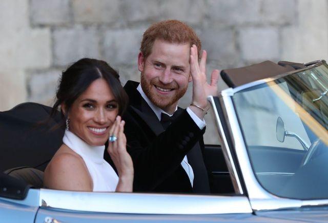 Vợ chồng Hoàng tử Anh Harry từ bỏ tước vị hoàng gia - 1