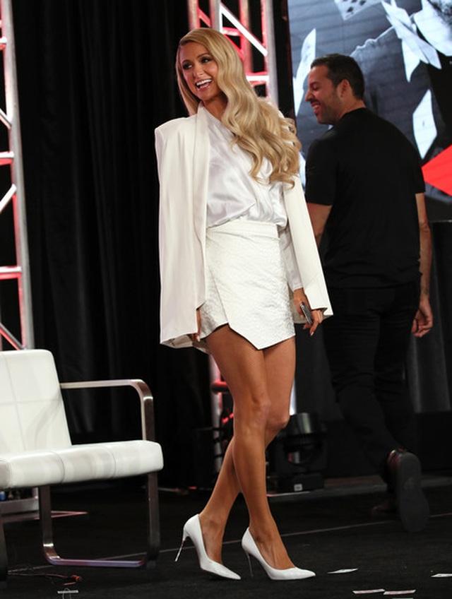 Paris Hilton trẻ trung đáng ngưỡng mộ ở tuổi 39 - 7