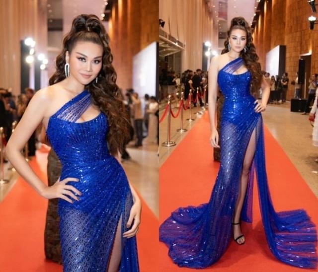"""Hà Hồ diện váy lụa là """"đọ dáng"""" cùng Thanh Hằng trên thảm đỏ - 3"""