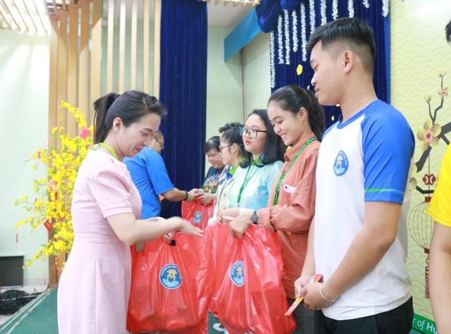 """TPHCM: Nhiều chăm lo cho sinh viên """"đón Tết xa nhà"""" - 4"""
