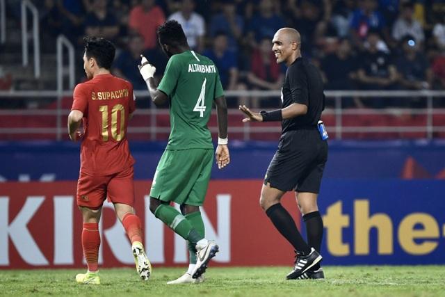 AFC phản bác khiếu nại của Liên đoàn bóng đá Thái Lan về trọng tài