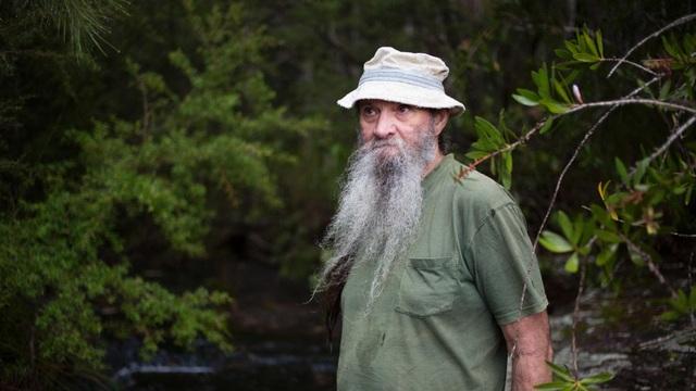 Cuộc đời người đàn ông sống ẩn dật trong rừng 10 năm vì khủng hoảng tâm lý - 2