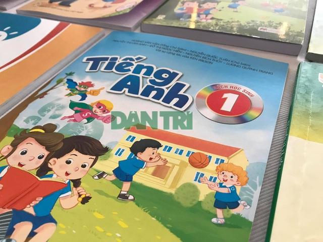 Bộ GDĐT công bố 6 bản sách giáo khoa tiếng Anh lớp 1 mới - 2
