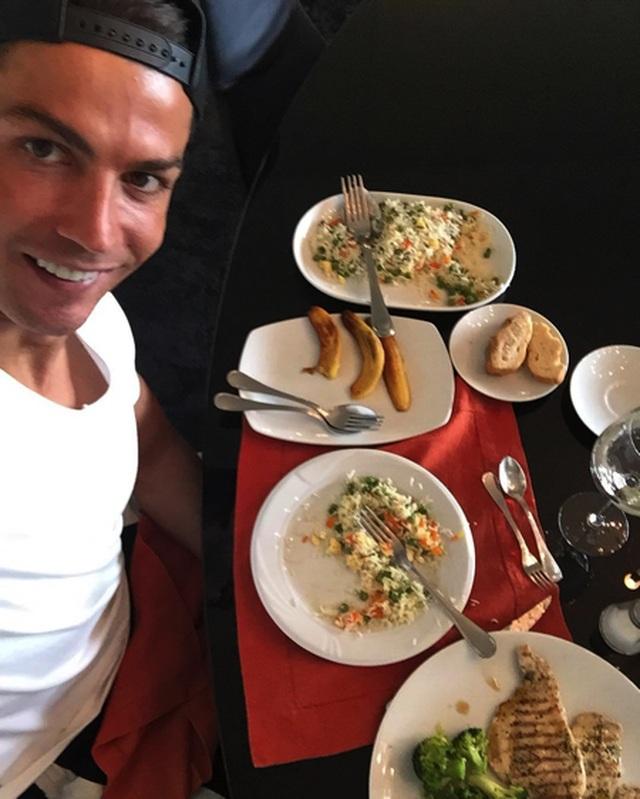 C.Ronaldo tiết lộ bí quyết duy trì phong độ đỉnh cao - 2