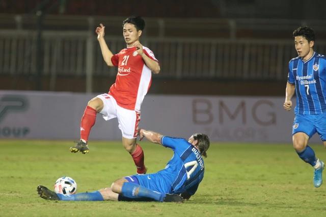 Công Phượng sẽ không đối đầu với HA Gia Lai tại V-League - 1