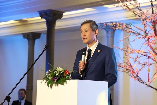 Phó Chủ tịch Quốc hội Đức vui mừng dự Tết cổ truyền của người Việt - 2