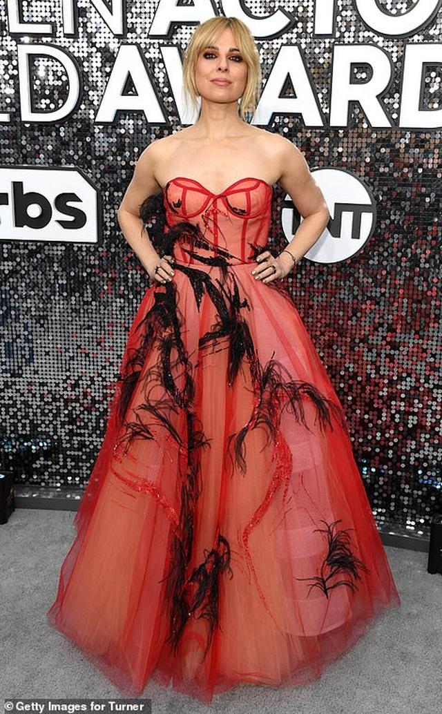 Những người đẹp bị chê mặc xấu trên thảm đỏ SAG Awards - 8
