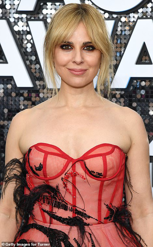 Những người đẹp bị chê mặc xấu trên thảm đỏ SAG Awards - 9