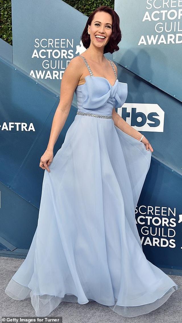 Những người đẹp bị chê mặc xấu trên thảm đỏ SAG Awards - 12
