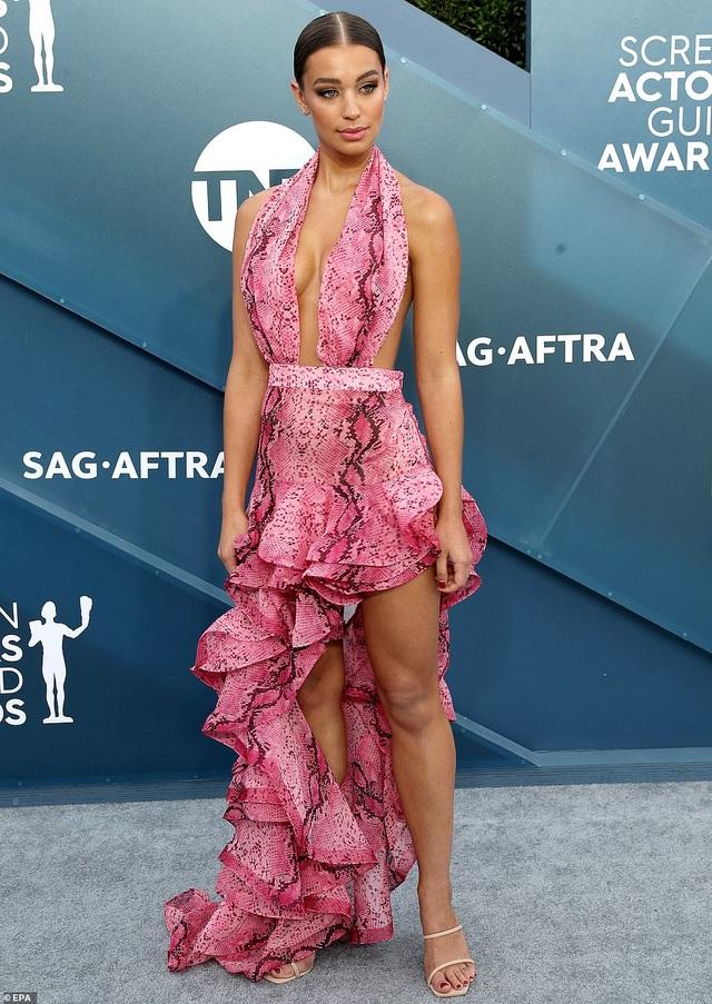 Những người đẹp bị chê mặc xấu trên thảm đỏ SAG Awards - 15