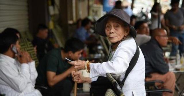 """Việt Nam già hóa dân số nhanh nhất thế giới, sao tránh cảnh """"chưa giàu đã già""""? - 1"""