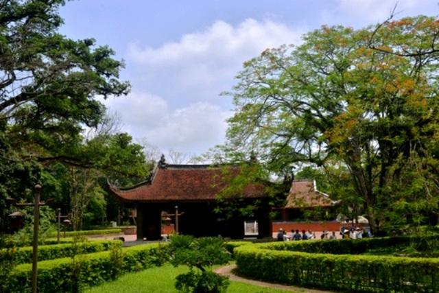 Đại Việt Lam Sơn Kính Lăng bi được công nhận là Bảo vật Quốc gia - 1