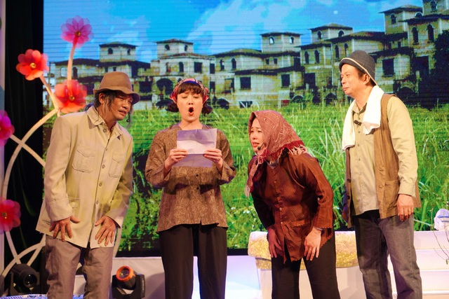 Vân Dung, Thanh Tú tái ngộ khán giả trong chùm ca nhạc - hài kịch đặc biệt - 1