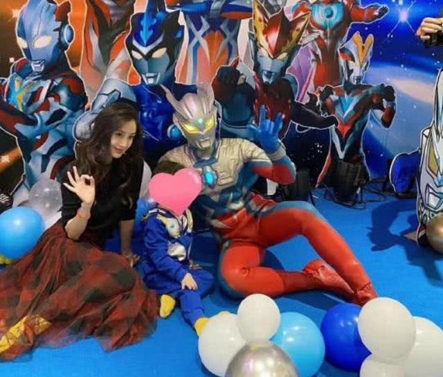 Huỳnh Hiểu Minh và Angelababy tổ chức sinh nhật cho con trai - 2