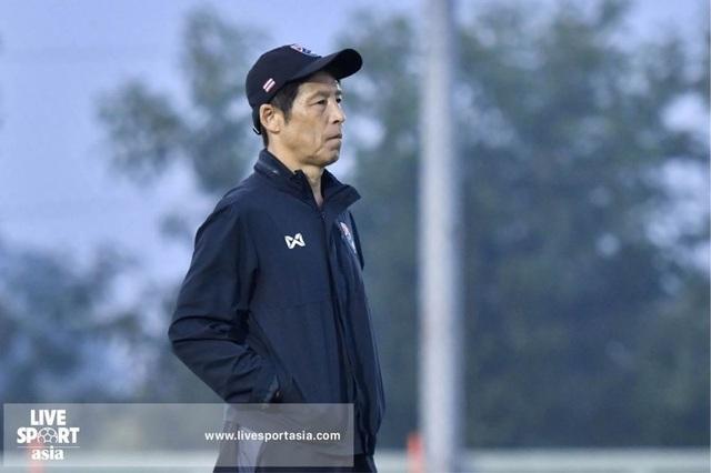 HLV Nishino có thể bị sa thải nếu thất bại ở AFF Cup 2020 - 1