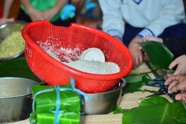 Bánh chưng gói lá bàng vuông: Đặc sản của Trường Sa - 8