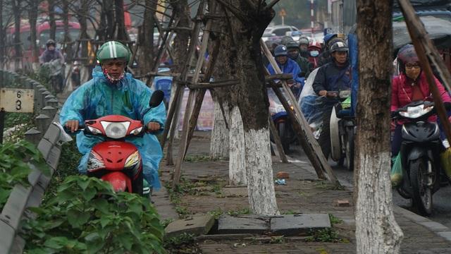 Người dân đổ về quê, cửa ngõ phía Nam Hà Nội ùn tắc sáng 28 Tết - 3