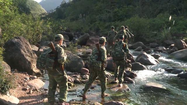 Tết sớm nơi biên giới của những người lính mang quân hàm xanh - 11