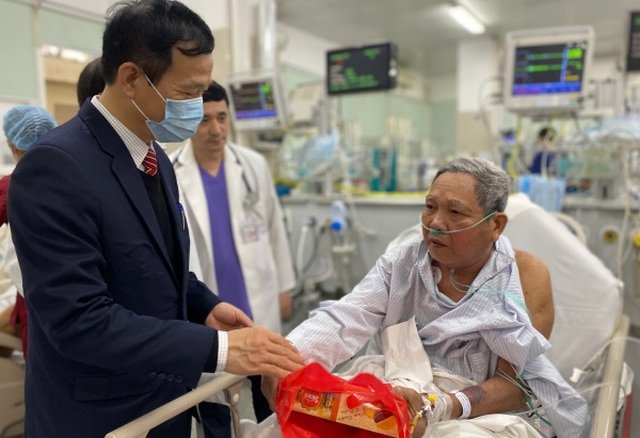 Lo virus lạ từ Trung Quốc xâm nhập, bệnh viện cảnh giác ca viêm phổi nặng - 1