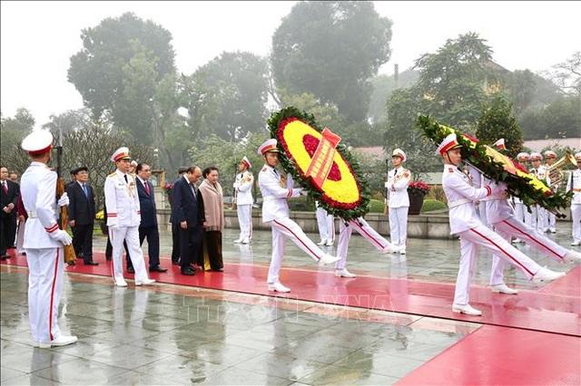 Lãnh đạo Đảng, Nhà nước vào Lăng viếng Chủ tịch Hồ Chí Minh nhân dịp Tết Canh Tý - 1