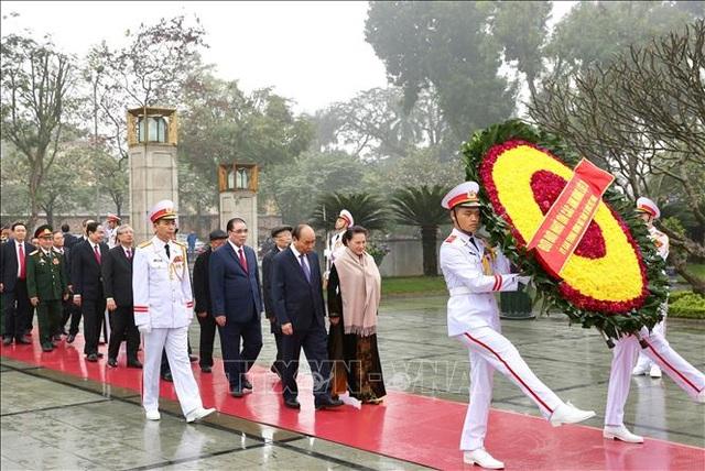 Lãnh đạo Đảng, Nhà nước vào Lăng viếng Chủ tịch Hồ Chí Minh nhân dịp Tết Canh Tý - 3