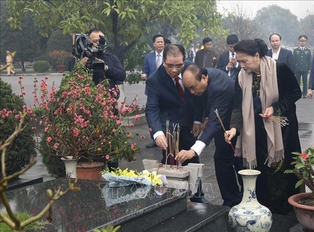 Lãnh đạo Đảng, Nhà nước vào Lăng viếng Chủ tịch Hồ Chí Minh nhân dịp Tết Canh Tý - 4