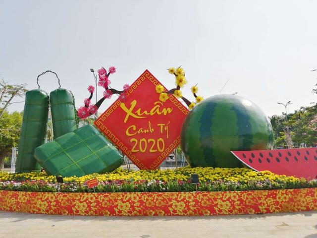 Đẹp mắt tiểu cảnh chào năm mới 2020 trên Quảng trường lớn nhất ĐBSCL - 6