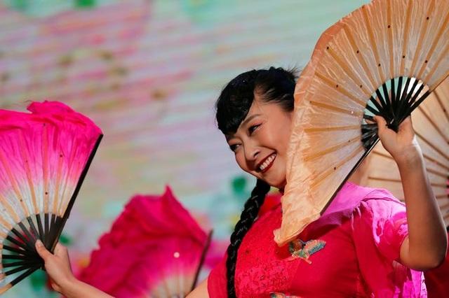 Châu Á tưng bừng chờ đón Tết nguyên đán 2020 - 11