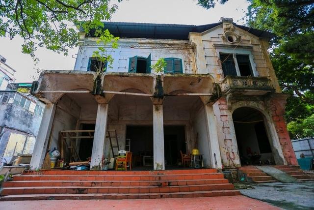 Biệt thự Pháp cổ ở Hà Nội: Không cứu không ổn, mà cứu thì cũng không được! - 4
