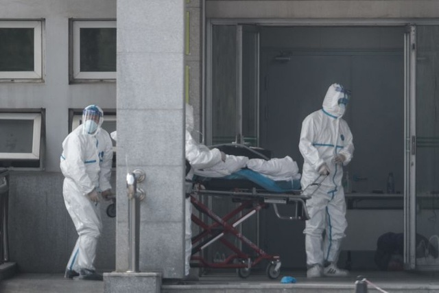 Số người chết vì virus lạ tăng gấp đôi, Vũ Hán cấm dân rời thành phố - 1