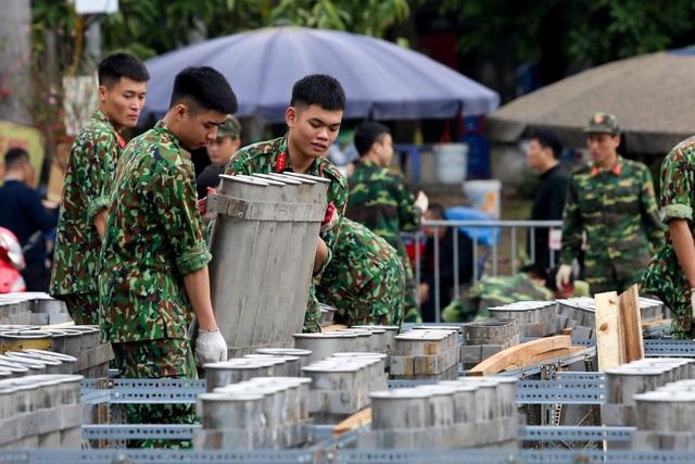 Hà Nội: Bên trong trận địa pháo hoa chuẩn bị khai hoả, đón giao thừa - 3