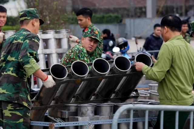Hà Nội: Bên trong trận địa pháo hoa chuẩn bị khai hoả, đón giao thừa - 5
