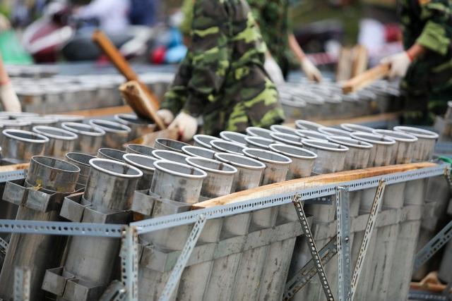 Hà Nội: Bên trong trận địa pháo hoa chuẩn bị khai hoả, đón giao thừa - 8