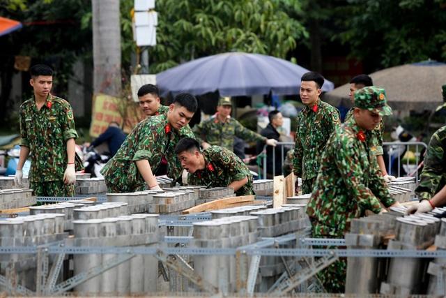 Hà Nội: Bên trong trận địa pháo hoa chuẩn bị khai hoả, đón giao thừa - 2