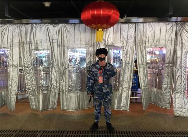 """Trung Quốc """"quay cuồng"""" vì virus Vũ Hán - 7"""