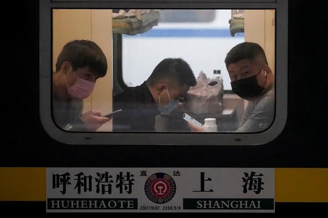 """Trung Quốc """"quay cuồng"""" vì virus Vũ Hán - 9"""