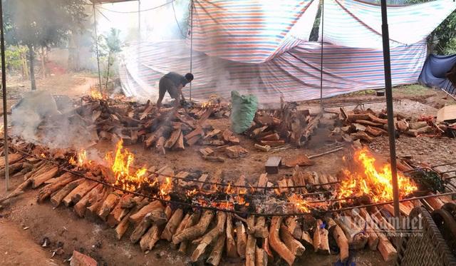 Xuyên đêm hít khói, kho 5.000 nồi cá bán Tết Canh Tý - 6