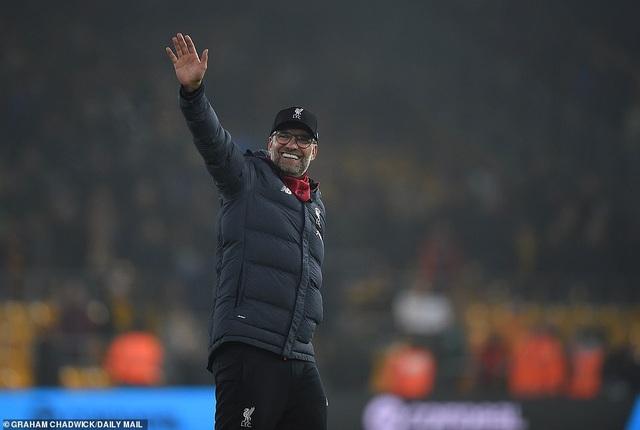 Thắng trên sân Wolves, Liverpool tạo khoảng cách 16 điểm với Man City - 1
