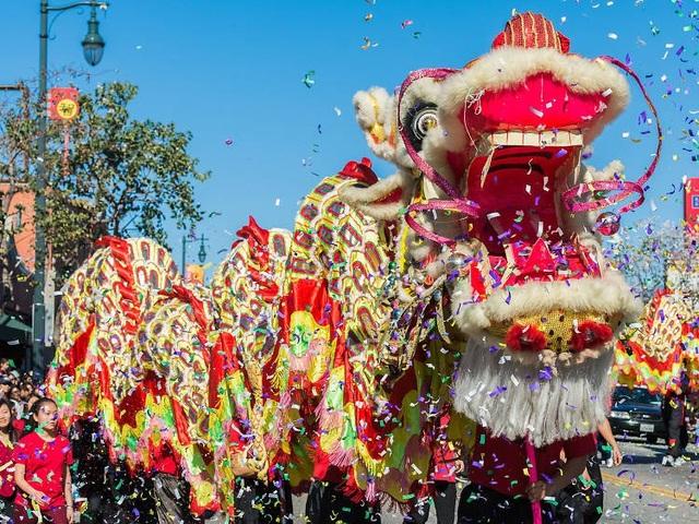 Những lễ hội đón Tết rực rỡ nhất trên thế giới - 5