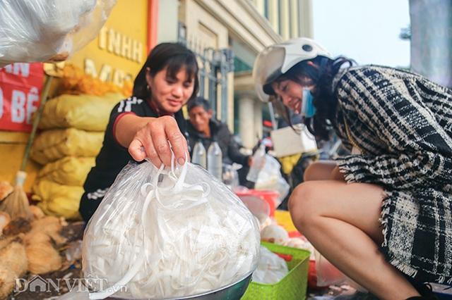Buôn cùi dừa làm mứt Tết kiếm hàng chục triệu mỗi ngày - 10