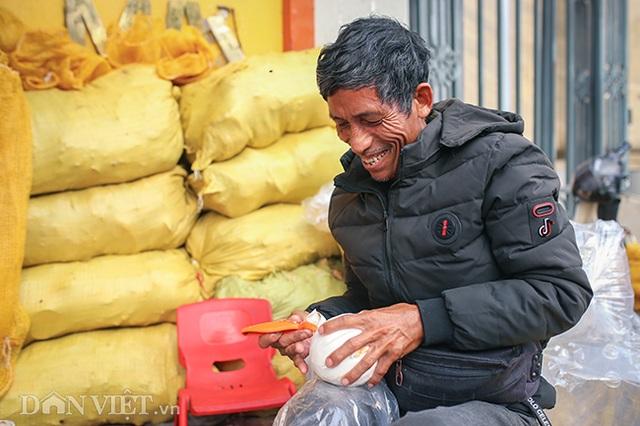 Buôn cùi dừa làm mứt Tết kiếm hàng chục triệu mỗi ngày - 7