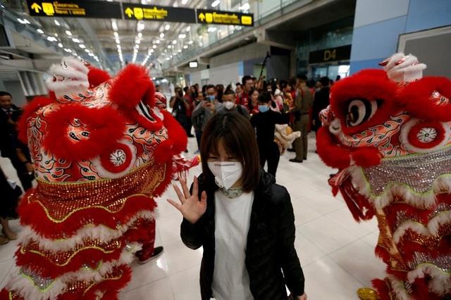 Châu Á đón Tết Âm lịch trong nỗi lo về dịch viêm phổi lạ - 9