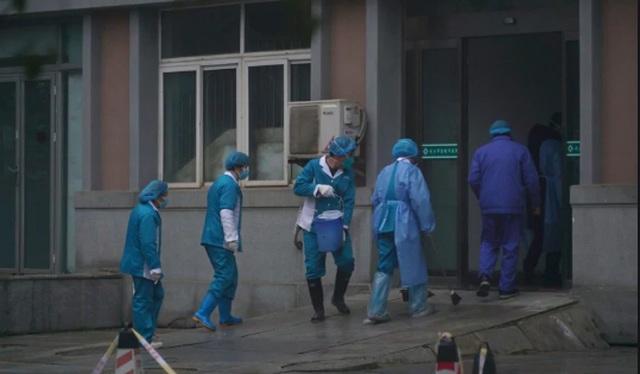 Lo sốt vó vì dịch bệnh lạ, Trung Quốc đóng cửa Tử Cấm Thành - 2