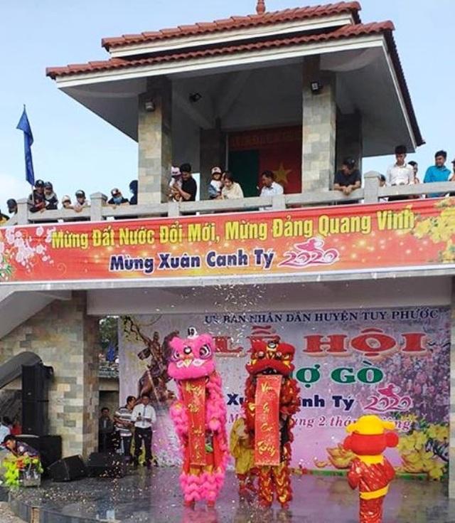 Vạn người nô nức trẩy hội chợ Gò lúc mờ sáng mồng 1 Tết ở Bình Định - 3